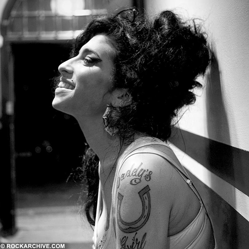 Amy Winehouse (AMYW001JF)