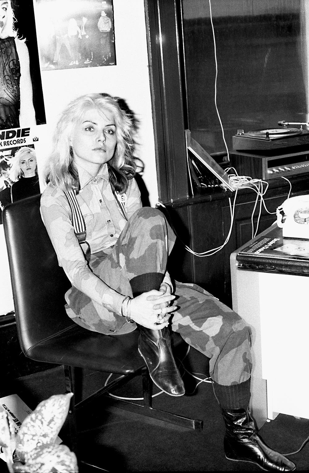 Blondie, Debbie Harry in London, 1977 by Jill Furmanovsky