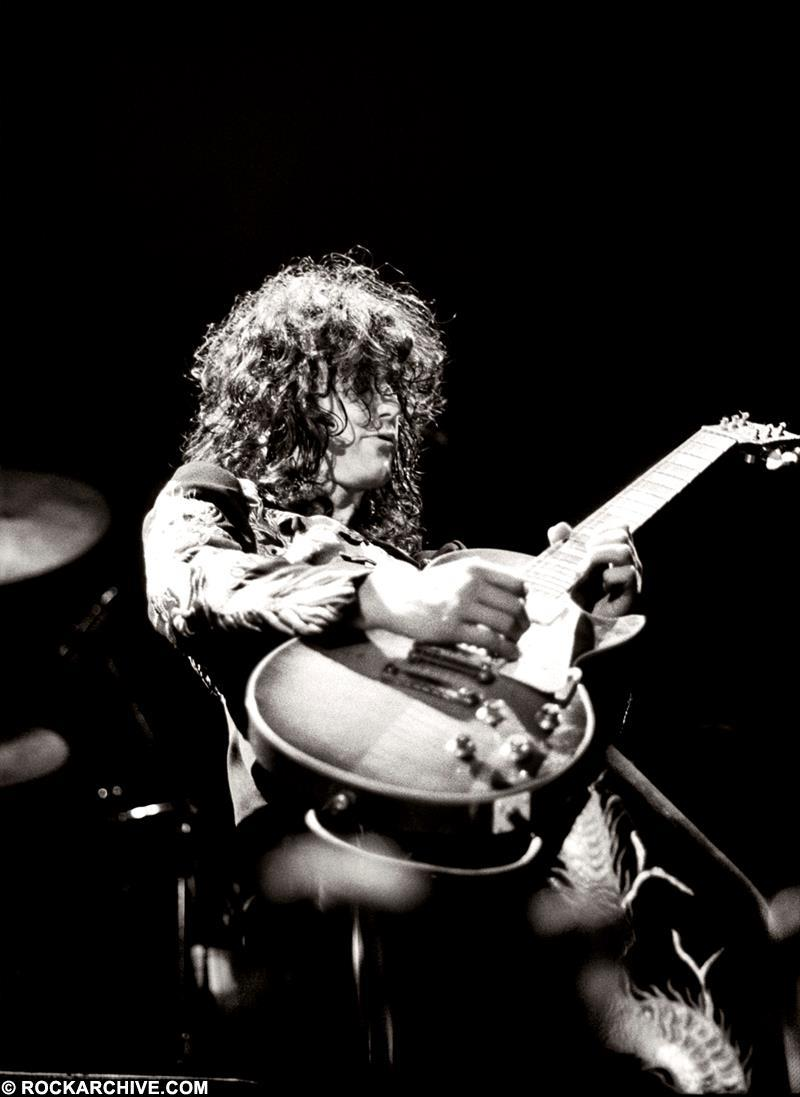 Remembering Led Zeppelin's 1975 Earls Court Live Shows