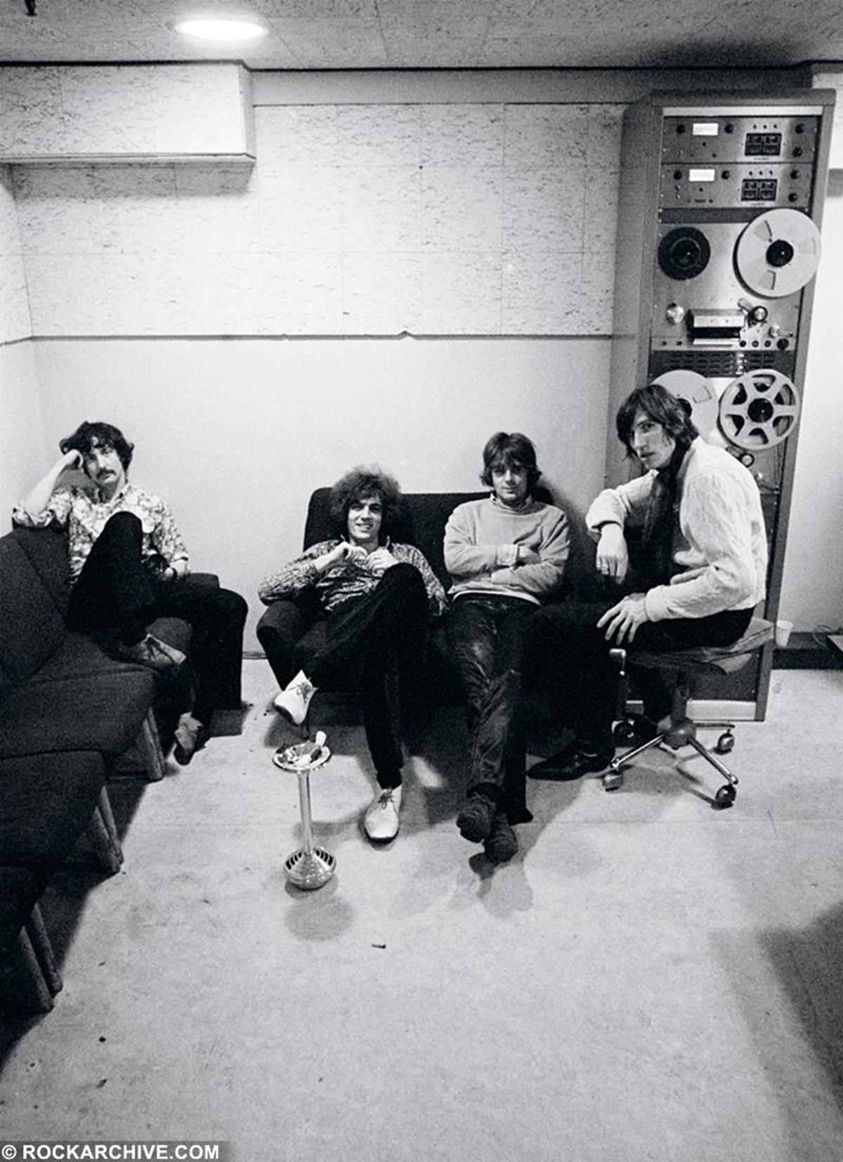The original band members of Pink Floyd relaxing at Abbey Road Studios whilst recording their debut album 'The Piper at the Gates of Dawn' in June 1967. © Andrew Whittuck