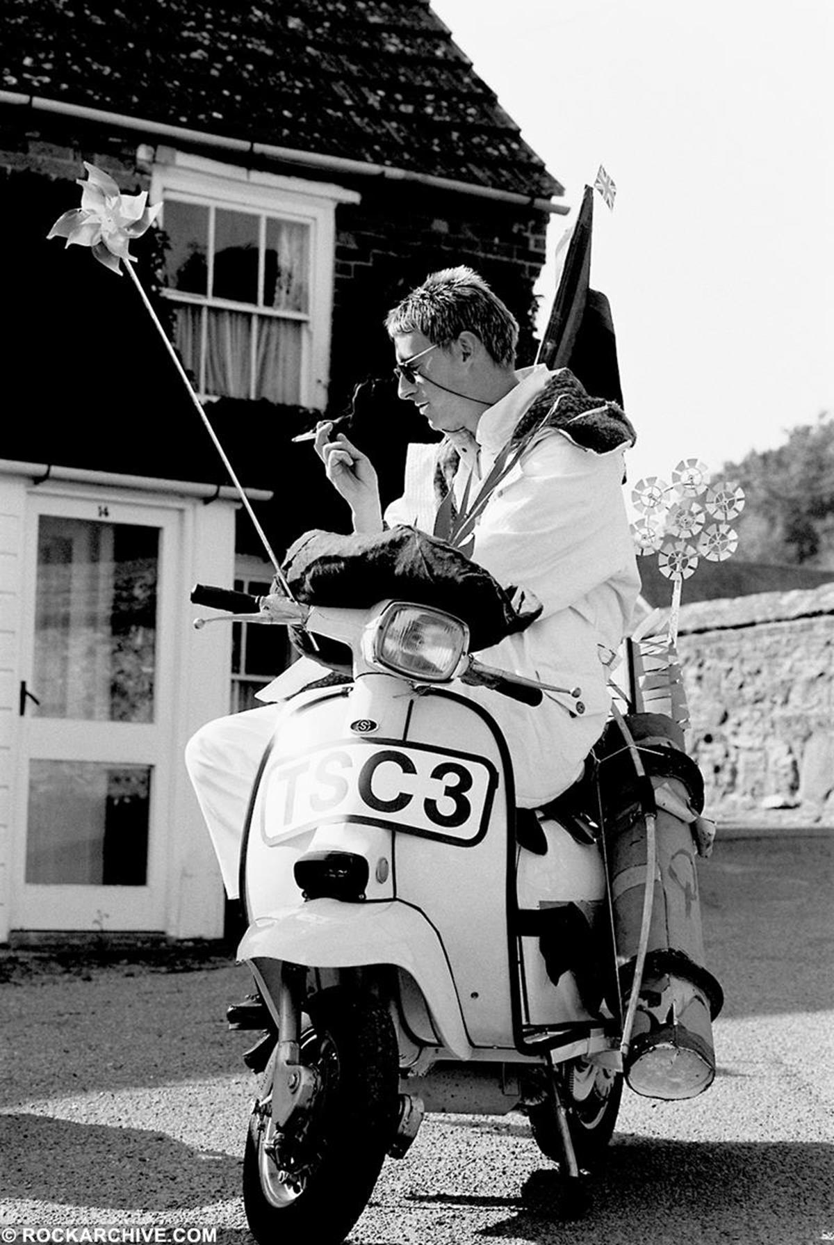 Paul Weller, of the Style Council, on the set of 'Jerusalem'. © Clare Muller