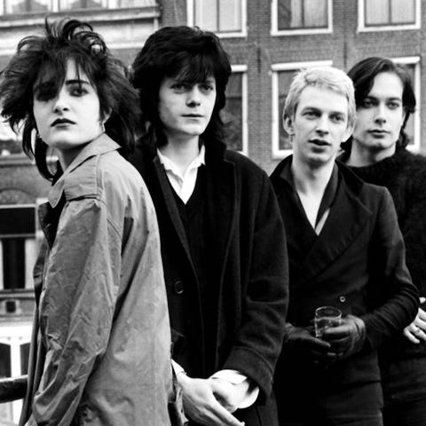 SIOUXSIE AND THE BANSHEES (SS001BASC)