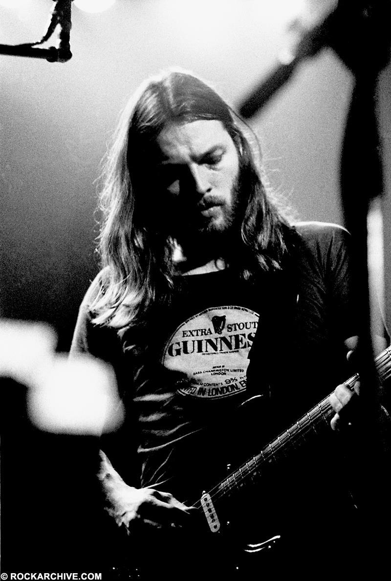 David Gilmour performing with 'The Black Strat' on 1974's 'Dark Side Of The Moon' tour. © Jill Furmanovsky