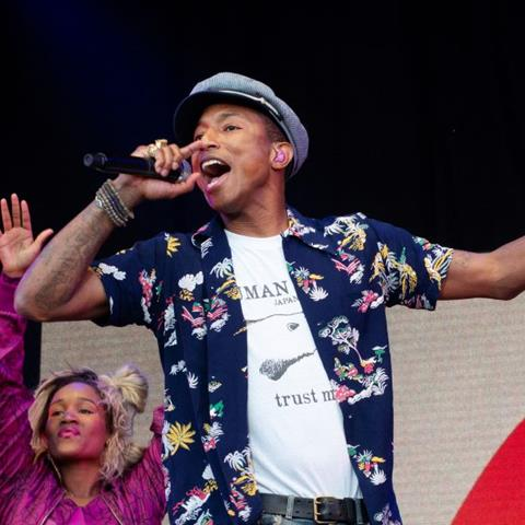 Glastonbury  Pharell Williams (PHWI001JF)